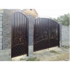 """Кованые ворота и калитка с декоративными пиками """"Бизациум"""""""