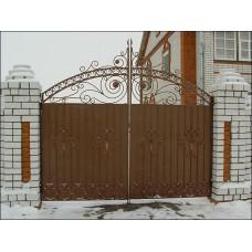 Ворота из профнастила с элементами ковки 3