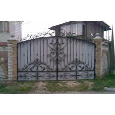 Ворота из профнастила с элементами ковки 5