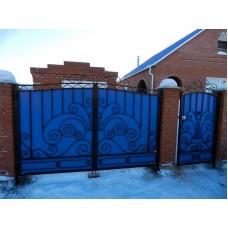 Ворота из профнастила с элементами ковки 10