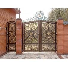 Ажурные распашные кованые ворота