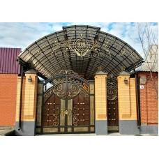 Большой кованый навес над воротами