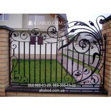 Забор с элементами ковки F20
