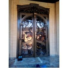 Авторская двухстворчатая кованая дверь